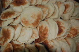 cooking in israel, pita bread